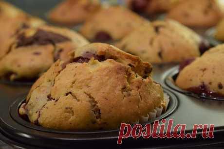 Бисквитные кексы с вишней — Женские странички