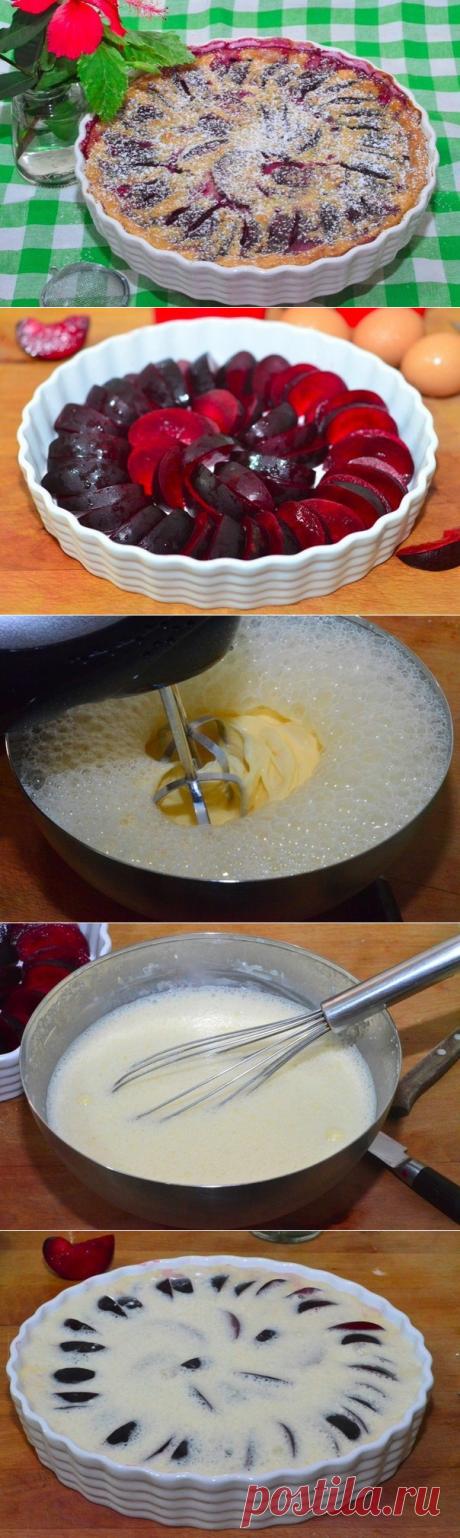 Клафути со сливами  =Сливы 500 г; Яйцо 4 шт; Молоко 360 мл; Сахар 60 г; Мука 60 г; Ванильный экстракт 5 мл; Сахарная пудра для присыпки;