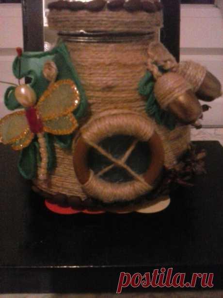 *Улей*   Баночка декорирована джутом