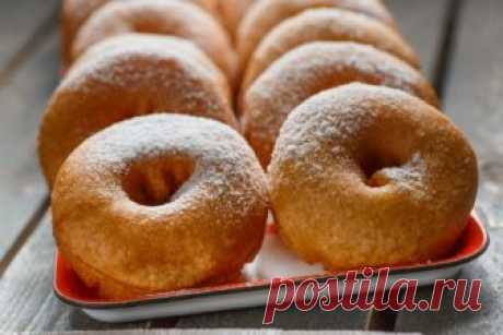 Ошеломительно вкусные пончики на кефире за пятнадцать минут.