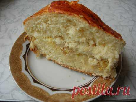 Дрожжевой пирог с начинкой из капусты на большую компанию