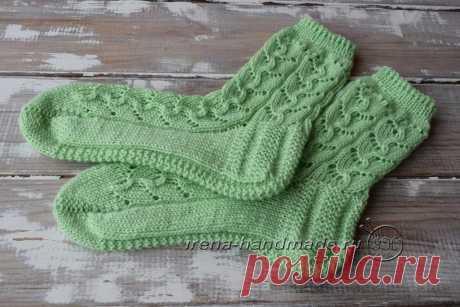Ажурные носки с узором «Ручеек»