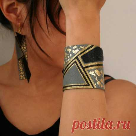 Jewelry from skin (traffic) Fashionable clothes and interior design by the hands