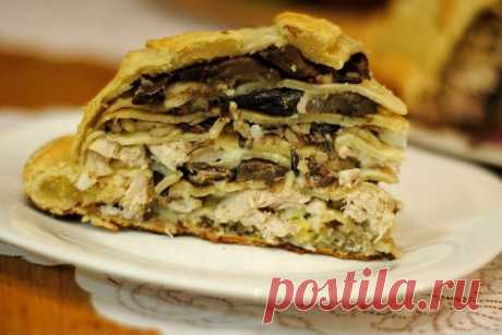 Kurnik from pancakes with chicken and mushrooms - the recipe with a photo \/ Simple recipes
