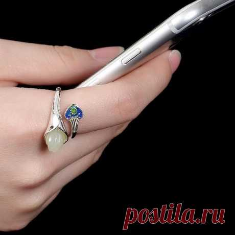 White Hetian Jade Ring / Magnolia Open Ring / Cloisonne Woman 925 Silver Open Ring Product Details:  Material: Hetian jade, 925 silver  color: White  Shape: rose  Size: flower 10 (mm)  Weight: 5g (25 carats)  Translucent: translucent  Symbol: Good luck to you