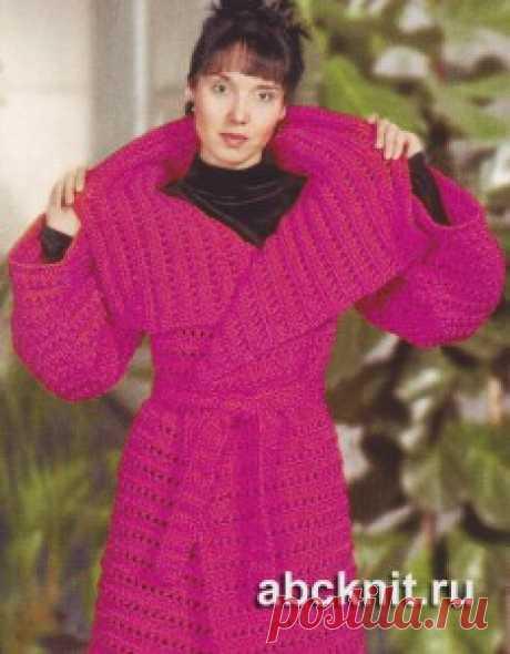 Пальто с поясом связанное крючком | Вязание спицами и крючком – Азбука вязания