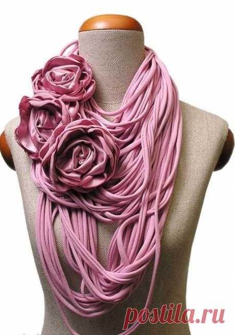 Как делать шарфы из ненужных футболок: 50+ идей. Часть 2. — ЗнайКак.ру