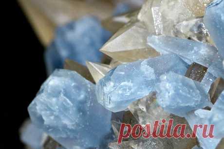 Минерал целестин: свойства и применение камня, кому подходи по знаку зодиака, описание, магия и значение, уход и выбор
