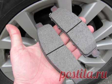 При выборе тормозных колодок следует отдавать предпочтение запчастям оригиналам или же продукции от хорошо себя зарекомендовавших производителей.