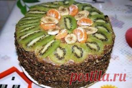 """Бисквитно-фруктовый торт """"Королевский шарм"""" Друзья, этот торт, действительно, имеет право носить такое особенное название. Рецепт бисквитно-фруктового торта «Королевский шарм» имеет шикарный вкус, благодаря качественно подобранному составу ингредиентов, в состав которых входят очень..."""