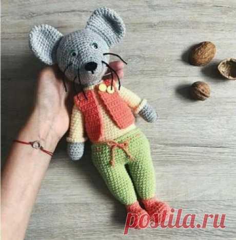 (4) Амигуруми (вязаные игрушки)