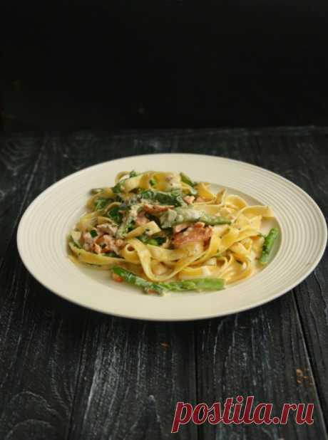 Фетуччини в сливочном соусе с копченым лососем — Мой кулинарный дневник