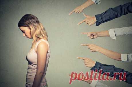 Не стоит извинений: Екатерина Попова о том, чего женщинам не надо стыдиться