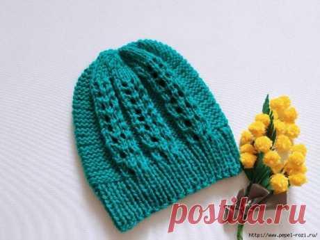 Красивая весенняя шапка спицами - связать такую очень просто