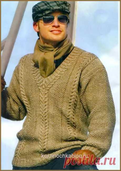 Мужской пуловер связанный спицами узором путанка и косы