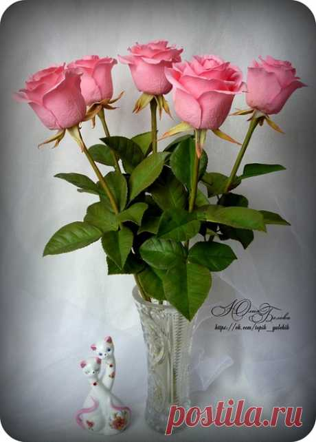 Мои розы ручной работы из фоамирана🌹 Eсли не сложно, оцените 😊