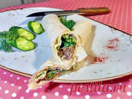 Рулет из лаваша с рыбными консервами и огурцом — Кулинарная книга - рецепты, фото, отзывы