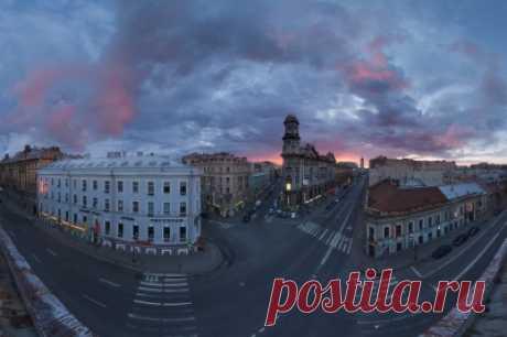 10 архитектурных шедевров Санкт-Петербурга Облик современного Петербурга создавался на протяжении нескольких веков. В исторической части города переплетены десятки архитектурных стилей, переводящих нас и