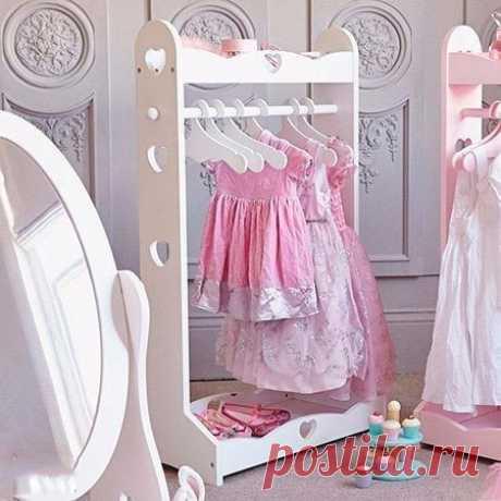 Подставка для детской одежды своими руками