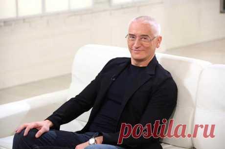 Алексей Бегак - биография, личная жизнь, картины, фото