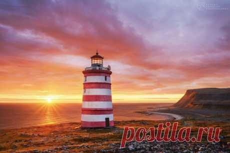 Рассвет на острове Кильдин, Россия. Автор фото: Сергей Королёв.