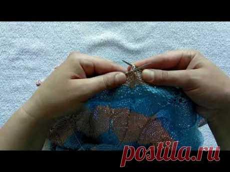 Как связать три вместе петли спицами с центральной петлей по средине