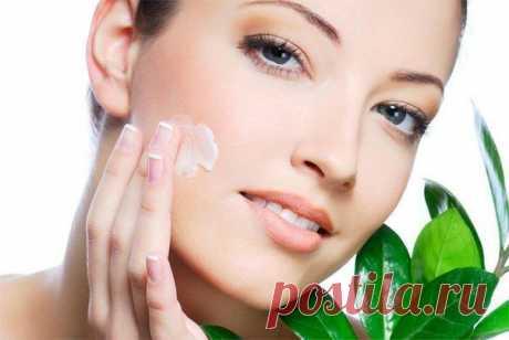 Рецепт быстрого и очень простого способа разглаживания морщин на лице.