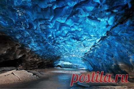 Кристальные пещеры.Исландия.