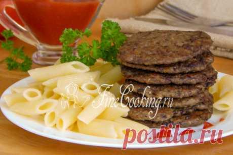 Блинчики из куриной печени и сердечек Печеночные блинчики - это вкусное и сытное горячее блюдо, которое можно подать как самостоятельно, так и с любым гарниром на выбор.