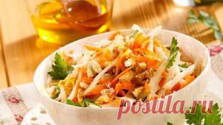 10 рецептов постных салатов и закусок Во время поста овощи как нельзя кстати. Их можно запечь, потушить, отварить, приготовить на пару или же сделать из них салат. Сегодня мы хотим вам предложить рецепты легких постных салатов и несложных закусок. В ингредиентах — овощи и фрукты, никакого мяса, яиц, майонеза и молочных продуктов!