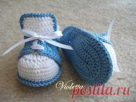 """Вязание: ботиночки для """"Маленького Принца""""."""