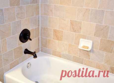 Как заделать стык между ванной и стеной? 8 популярных вариантов Рассмотрим 8 самых популярных способов, как заделать стык между ванной и стеной.