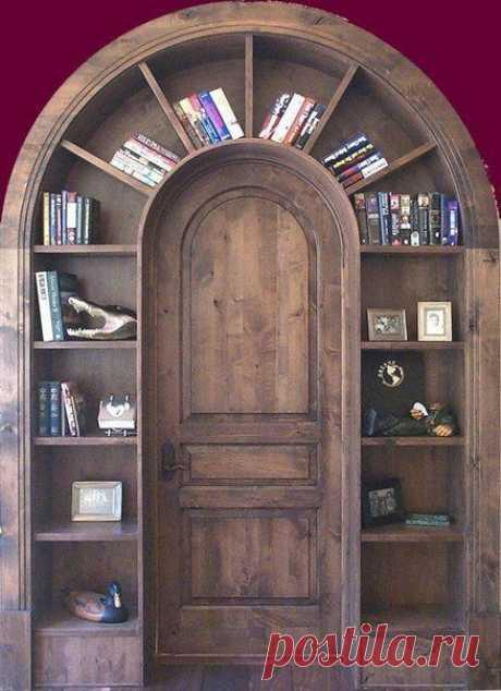 дверной проем в шкафу