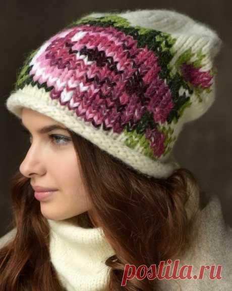 Необыкновенно нежные и женственные шапочки с цветами По предложенным схемам можно можно вывязать узор, а можно - вышить. Посмотрите так же мастер-класс по вязанию шапочки с крупным цветком, который мы уже разместили сегодня утром
