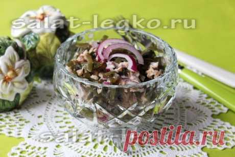 Салат с консервированном тунцом и морской капустой, рецепт без майонеза