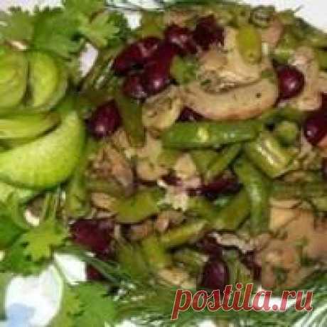 Салаты с жареными грибами - (более 28 рецептов) с фото на Овкусе.ру