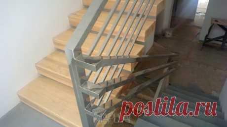 Лестницы, ограждения, перила из стекла, дерева, металла Маршаг – Балюстрада из нержавеющего профиля