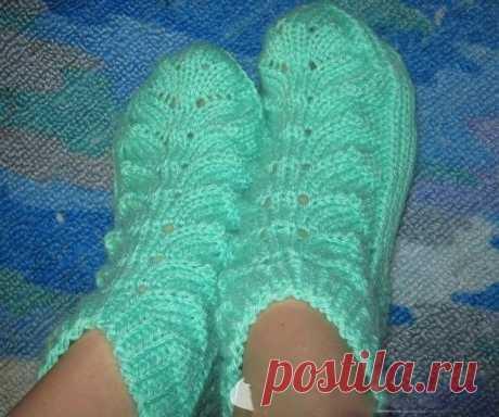 Оригинальные носочки с листочками (Вязание спицами) | Журнал Вдохновение Рукодельницы