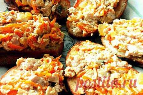Гренки с печенью трески, морковью и луком | Еда.ру | Яндекс Дзен