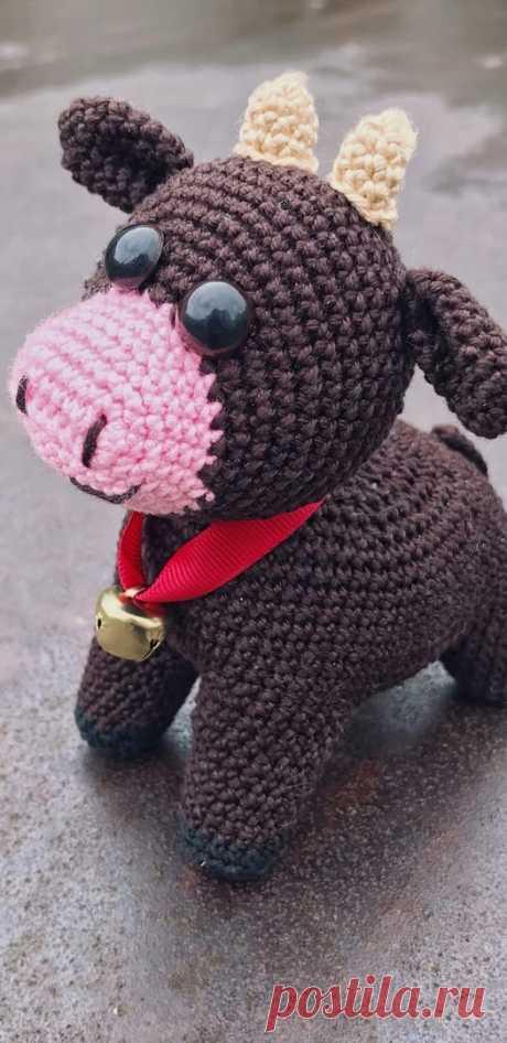 PDF Бычок Тимка крючком. FREE crochet pattern; Аmigurumi animal patterns. Амигуруми схемы и описания на русском. Вязаные игрушки и поделки своими руками #amimore - корова, коровка, телёнок, бык, бычок.