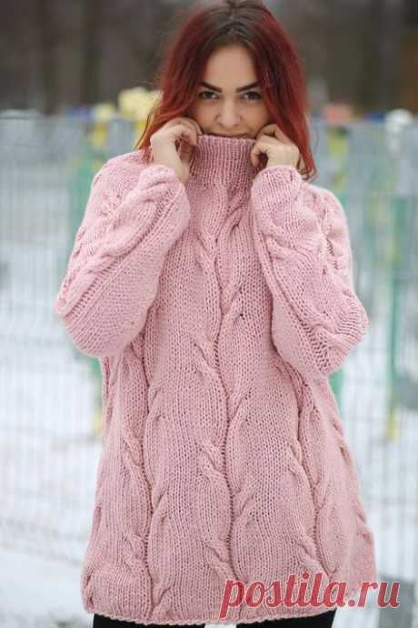 Hand knitted pink sweater for women - MADE TO ORDER —— ABOUT —— It has a cozy and easy to style silhouette that fits for any size and shape of the body. A cable knitted sleeves and tasteful cable…