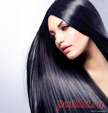Применяйте смесь этих 2 масел и получите густые, длинные и блестящие волосы!.