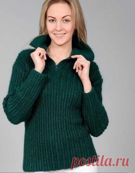 Изумрудный пуловер спицами