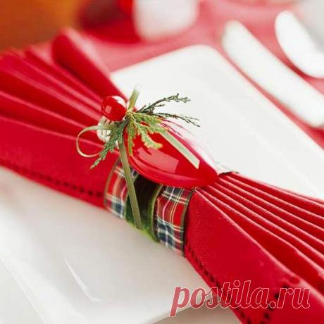 13 способов сложить салфетки для новогоднего стола