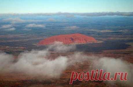 Гора Улуру - Путешествуем вместе