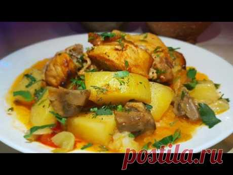Roast in pots like a Gypsy. Meat with vegetables in pots. Gipsy cuisine.