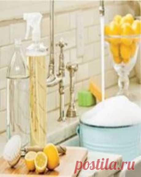 Уборка кухни без химии Уборка кухни без химии – полезные советы для хозяек. Надо воспользоваться рецептами наших бабушек и использовать простые средства, которые есть  в каждом доме.