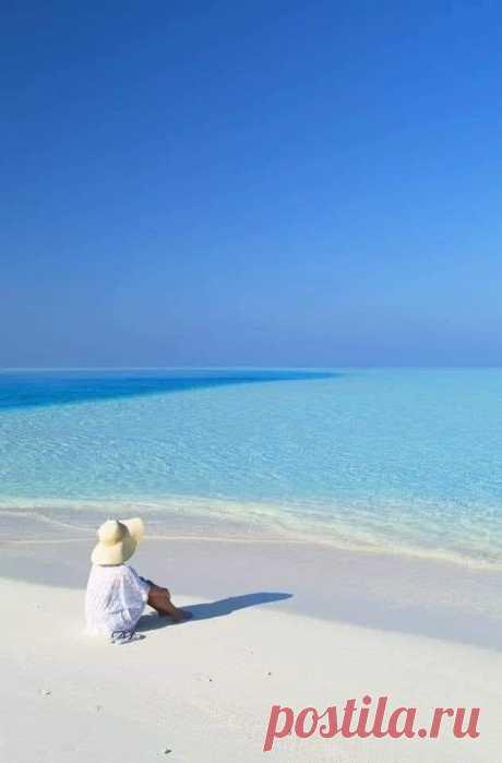 Море......и......небо - два символа бесконечности.......