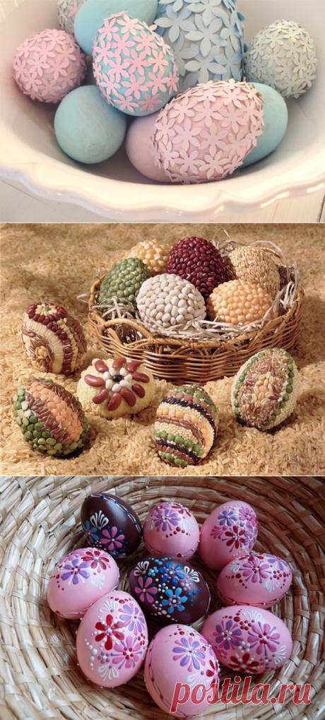 ¿Cómo pintar hermosamente los huevos a la Pascua por el pellejo de cebolla, las servilletas en la tela? La pintura de los huevos de Pascua en las condiciones de casa: los esquemas, los dibujos