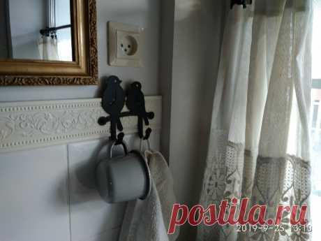 Как вы с этим живете? Моя ванная в стиле кантри | Дом с огородом в пригороде | Яндекс Дзен Сегодня начинаю рассказ о своем доме. Точнее об интерьерах – я люблю кантри-стиль, потому сделала дом с его элементами.